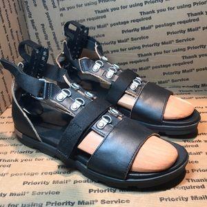 Sorel Black Leather Slip on Loafers